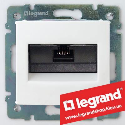 Розетка компьютерная Legrand Valena 774230 (белая)