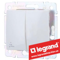 Переключатель на 2 направления двухклавишный Legrand Valena 10А IP44 770098 (белый)