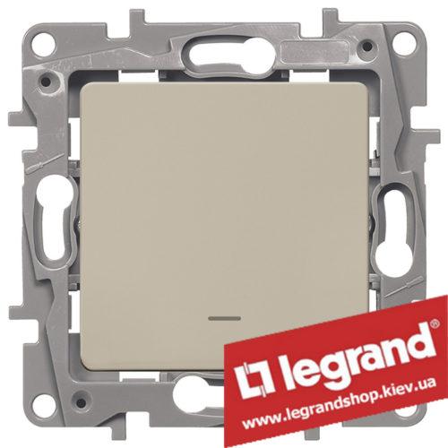 Выключатель одноклавишный с подсветкой Legrand Etika 10А (слоновая кость)