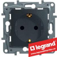 Розетка с заземлением Legrand Etika Plus 16А со шторками (антрацит) клеммы