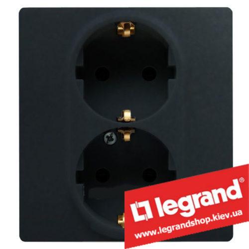 Розетка 2-я с заземлением Legrand Etika Plus 16А со шторками (антрацит) клеммы