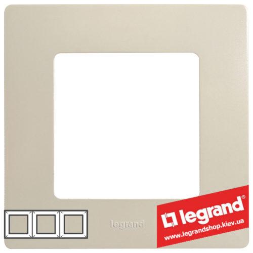 Рамка 3-я Legrand Etika 672513 (слоновая кость)