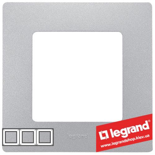 Рамка 3-я Legrand Etika 672553 (алюминий)