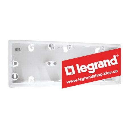 Корпус для наружной установки Legrand Valena 3 поста (белый)