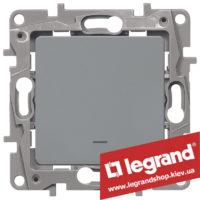 Выключатель одноклавишный с подсветкой Legrand Etika 10А (алюминий)