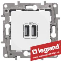 672294 Розетка USB Legrand Etika для зарядки двойная (белая)